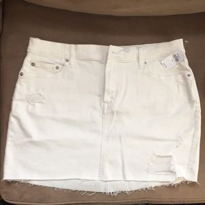Gap distressed white denim mini-skirt